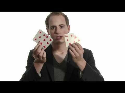 Goochelen met kaarten.