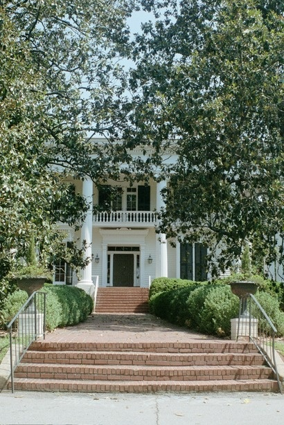 LaGrange, GA : Historic Bellevue, Antebellum home of Sen. Benjamin H. Hill