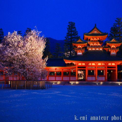 アメリカの旅行雑誌「T+L」の人気投票で1位獲得。やっぱ京都! ここではランキングシェア・ユーザーおすすめのもうひとつの京都をご紹介。ミュージアム、桜や梅など花の名所など四季折々に見所満載!