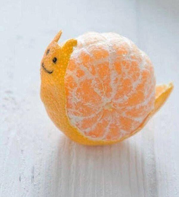 """* Foto """"pinnata"""" dalla nostra lettrice Cristina Piermattei per rendere il mandarino + appetibile ai bambini! deliziosa interpretazione...."""