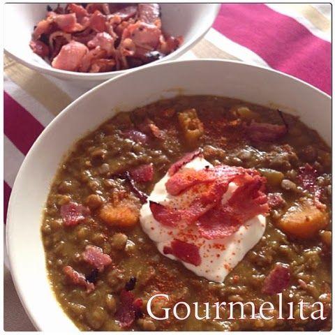 Gourmelita: Pumpkin Bacon Lentil Soup