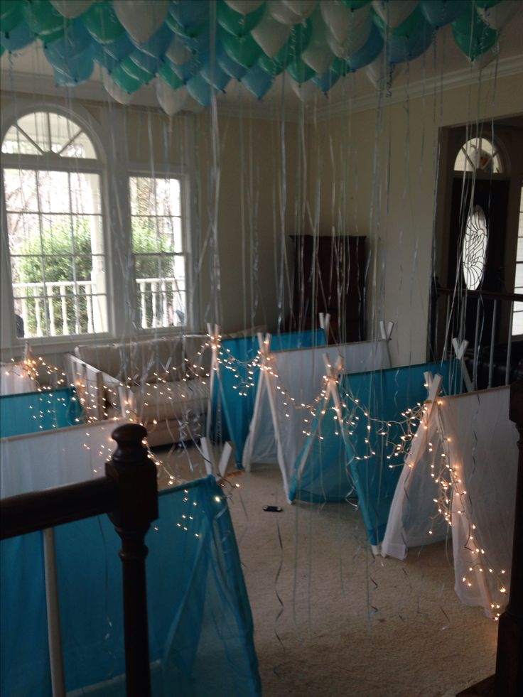 Sleepover party. Frozen theme. Birthday party. Indoor tents.