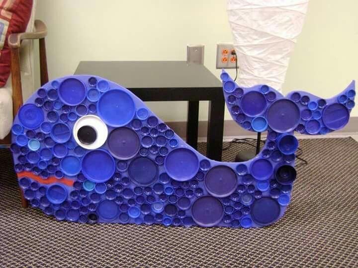 Resultado de imagen para como decorar una ballena para la escuela