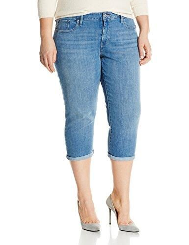 018e6585 Levi's Women's Plus Size Shaping Capri Jeans | Brooklyn Shop | Capri ...