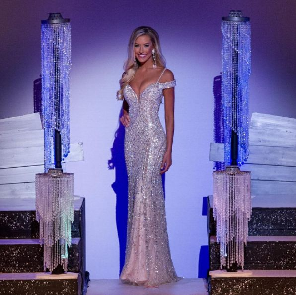 Tori Kruse placed 1st Runner-up at Miss Missouri USA 2017 wearing this dazzling silver and nude evening gown! The Color-   Metallic neutral tones have been such a staple in pageantry over the years. The elegance of this muted color palette goes without saying.  These color shades look absolutely stunning against Tori's bronzed complexion and blonde hair.