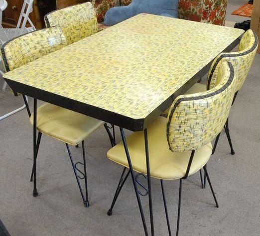 Table Et Chaises Formica Jaune 224 Motifs Gris Ann 233 Es 50 60 Retro Kitchen Tables Vintage