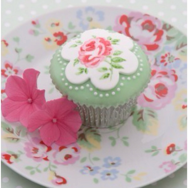 Cath kidston cupcake!