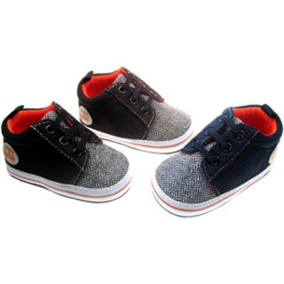 BOYS SUEDE TRAINERS WITH ZIG ZAG FABRIC AND PATCH BY SOFT TOUCH  Available in the following sizes and colours:  Age/Size: 0-3 months, 3-6 months, 6-12 months (Small fitting so that they stay on)   Available Colours: Black, Navy