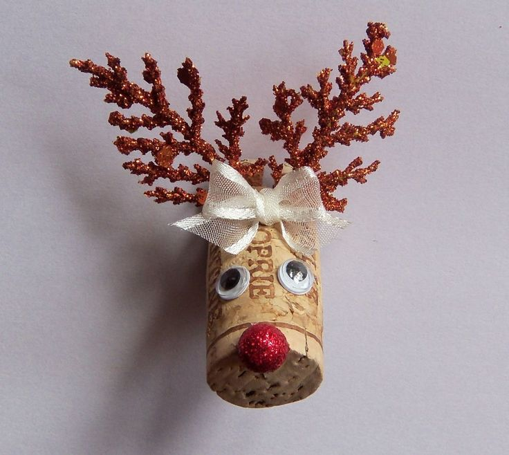Wine Cork Reindeer Christmas Magnet New Handmade USA