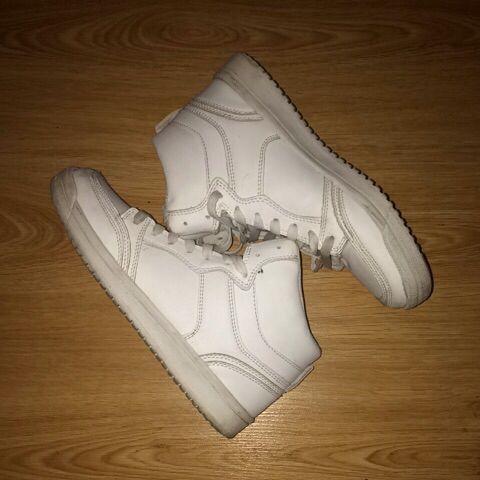 Chaussure de ville blanche