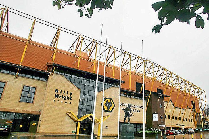 Molineux - External - Wolverhampton Wanderers FC