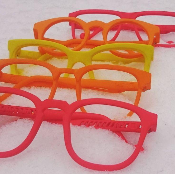 Our winter antidote - juicy summer colors defying first snow #firstsnow #ensilumi #eyewearlove #lushcolours #kokosom
