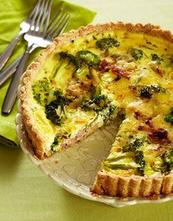 SOUR CREAM, BACON AND BROCCOLI QUICHE http://www.canadianfamily.ca/recipe/sour-cream-bacon-and-broccoli-quiche/