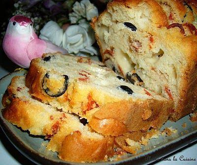 Cake salé au chorizo, olives et mozzarella