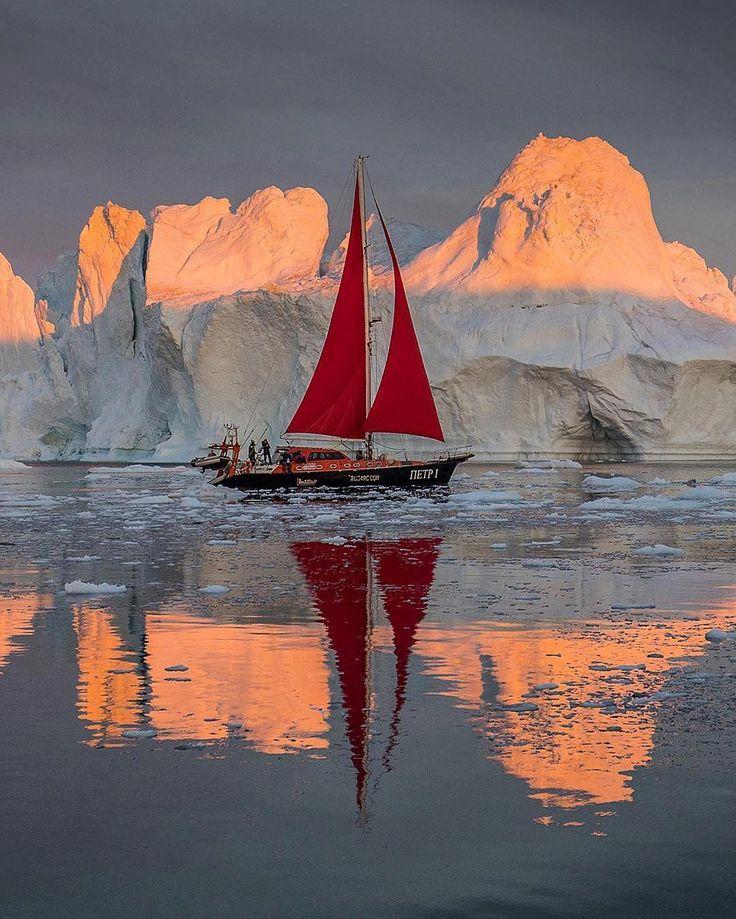 """8,901 свиђања, 118 коментара -  hello_w@rld (@hello_worldpics) у апликацији Instagram: """"This beautiful picture is by : @tristanlavender Location :  Greenland Congratulations and thank…"""""""