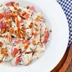 Red Potato Salad, with Ranch and Bacon instead of mayo.  It's picnic time!Bacon Ranch, Ranch Salad, Potato Salad, Ranch Potatoes Salad, Red Ranch, Yummy Recipe, Yummy Food, Red Potatoes Salad, Potatoes Ranch