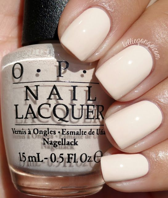 OPI Be There in a Prosecco // www.kelliegonzo.com