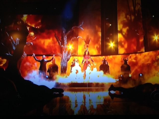 Illuminati symbolism in 2014 56th Grammy Awards: performing human sacrifices & witchcraft.