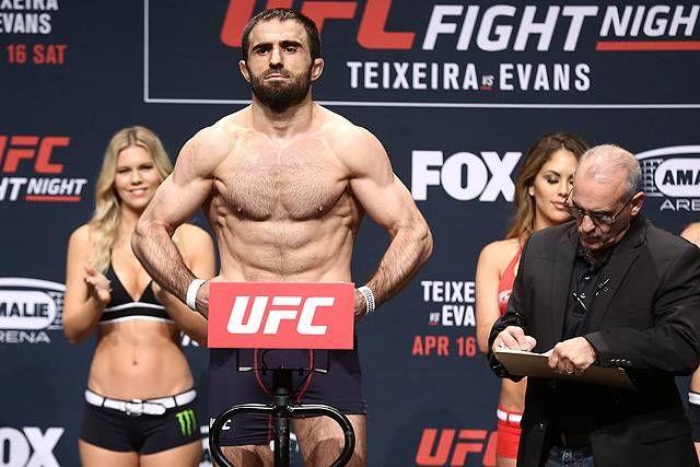 Omari Akhmedov Batters Kyle Noke, Takes Unanimous Decision - http://www.lowkickmma.com/UFC/omari-akhmedov-batters-kyle-noke-takes-unanimous-decision/