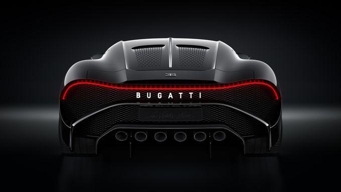 This 12 5 Million Car Looks Like A Batmobile Bugatti Wallpapers Bugatti Black Car