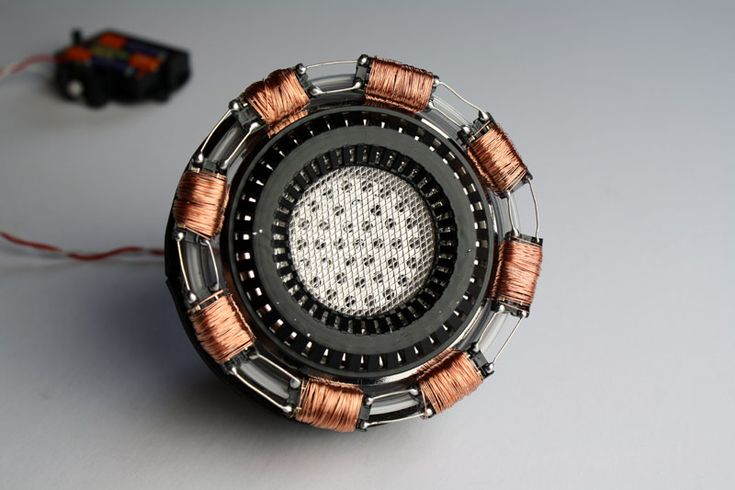 DIY Ironman Arc Reactor with items from the dollar store