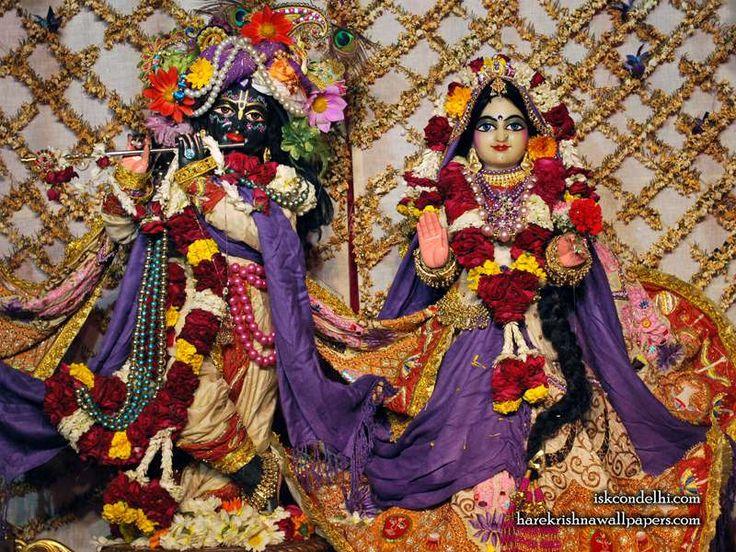 http://harekrishnawallpapers.com/sri-sri-radha-parthasarathi-iskcon-delhi-wallpaper-005/