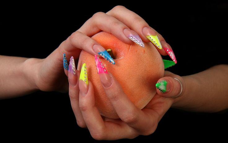 Sfaturi privind alegerea unghiilor false