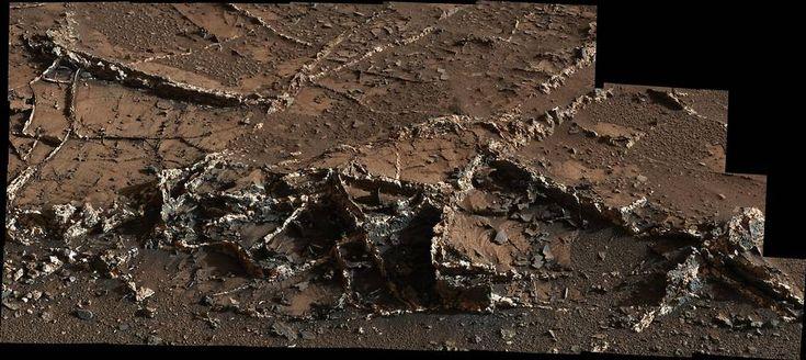 Curiosity Sees Prominent Mineral Veins on Mount Sharp, Mars   NASA