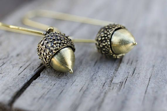 Acorn Earrings, Woodland Earrings, Christmas Gift, Nature Jewellery, Tiny Acorn Earrings, Dangle Earrings, Botanical Jewelry, Gift for her