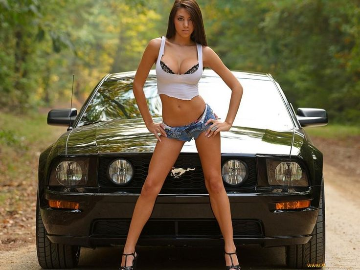 Hot Cars And Hot Girls