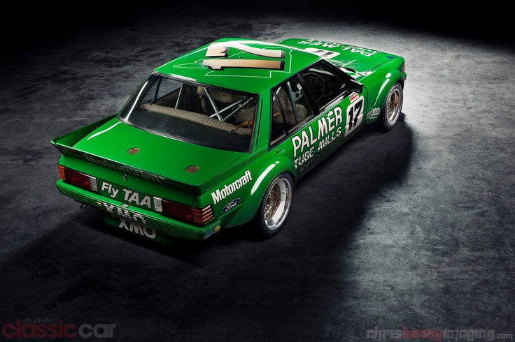 Amazing photo of Dick Johnson's, Greens Tuf Falcon. Photo from Chris Benny Imaging; http://chrisbennyimaging.com/blog/