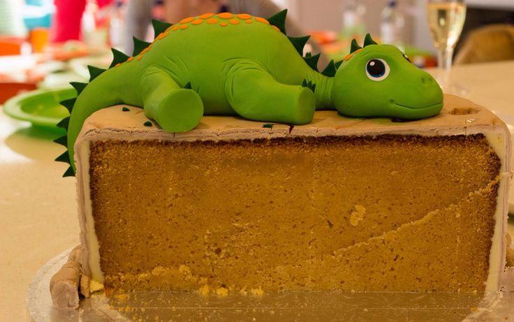 Dinosaur party - chopped cake