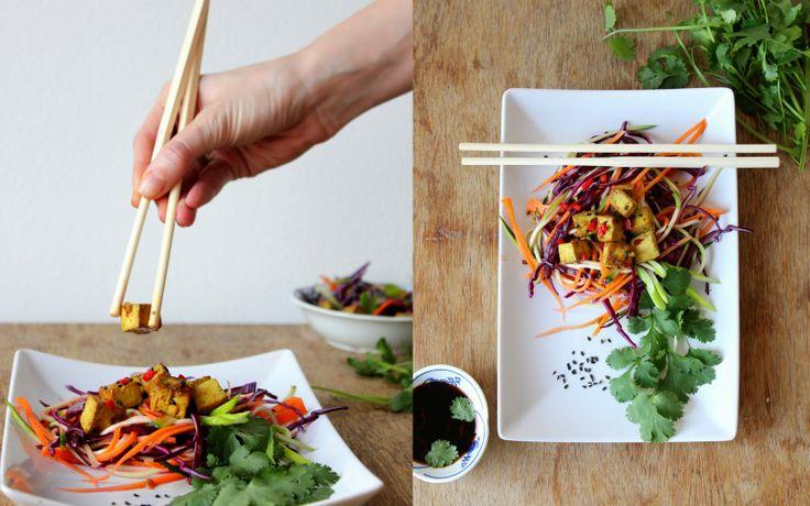 Mikyna v kuchyni: Asijské zeleninové nudle s marinovaným tofu