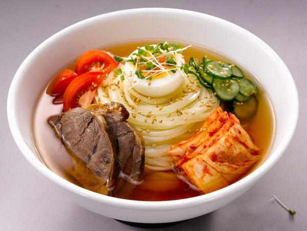 定番】盛岡冷麺の作り方 | 株式会社戸田久 盛岡冷麺の定番のレシピです。