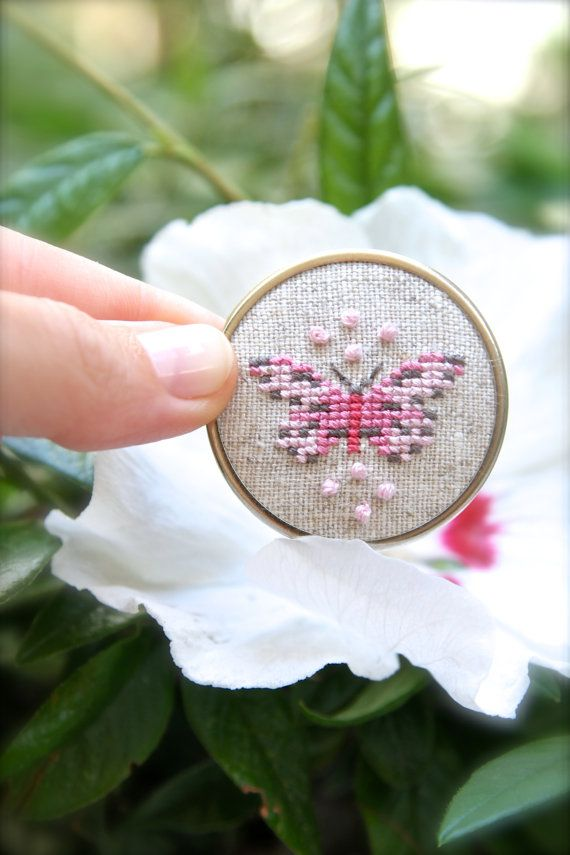 Hand embroidered brooch pink Butterfly - Cross stitch brooch - Butterfly brooch…