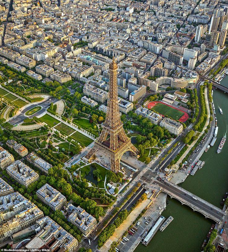 Эйфелева башня вид сверху фото лоскутные