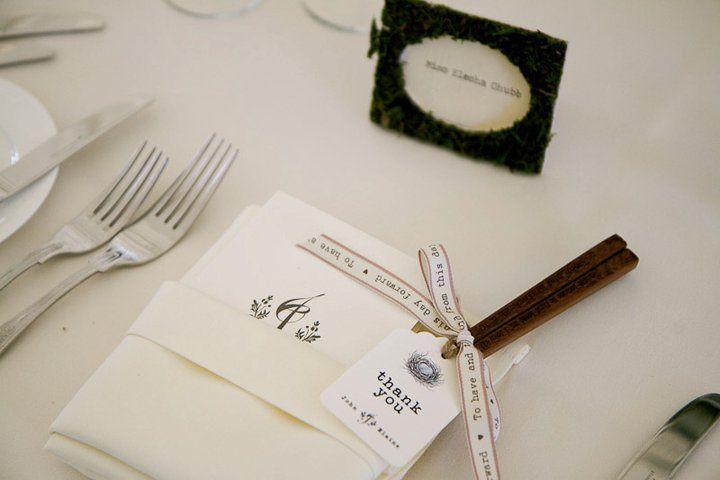 Cute inscribed chopsticks as a wedding favour. From real wedding : Elaine & John Kim. www.raspberrywedding.com. Find more wedding favour ideas here http://raspberrywedding.com/category/raspberry-wedding/decoration/stationeryandfavours/
