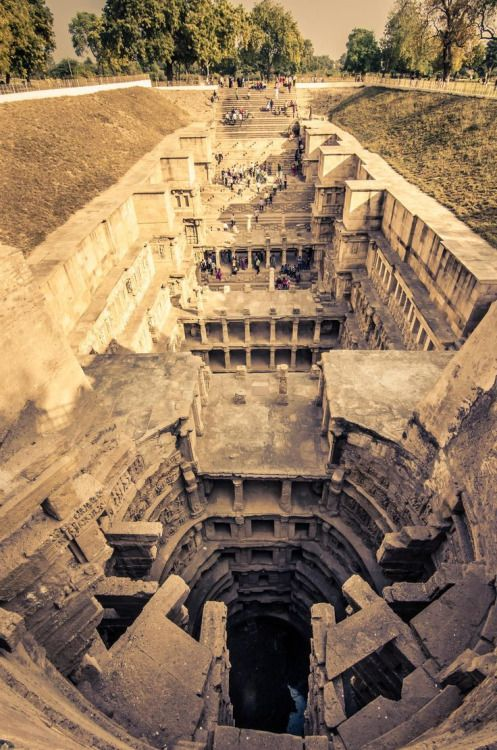 Rani-ki-Vav (the Queen's Stepwell) - Top View Patan in Gujarat, India Photographer: Dushyant Patel (via 500px.com) Rani-ki-Vav, on the banks of the Saraswati River, was initially built as a memorial to a king in the 11th century AD. Stepwells are a distinctive form of subterranean water resource and storage systems on the Indian subcontinent, and have been constructed since the 3rd millennium BC. It was added to the list of UNESCO's World Heritage Sites on 22 June 2014. unesc...