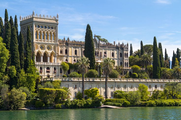 A #sirmioneboats boat trip to Isola del Garda island will leave you with a…