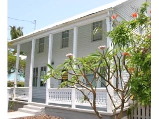 $148/night - Jasmine Suite - Sleeps 4, PVT. PARKING, BUDGET!: Historical Eyebrows, Houses Rental, Jasmine Suits, Free Parks, Budget Lodges, Keys West, Houses Lane, Orchids Suits, Eyebrows Houses