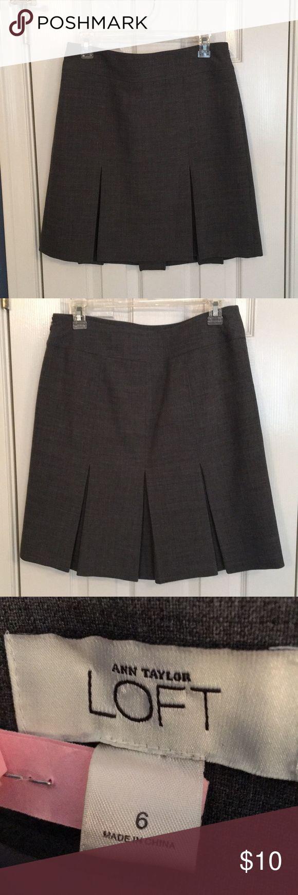 Ann Taylor Loft Career Tweed Ruffled Skirt Size 6 Ann Taylor Loft Career Tweed Ruffled Skirt Size 6 Ann Taylor Loft Skirts Mini