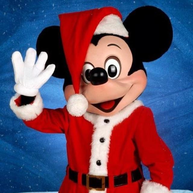 Christmas Mickey: Disney Christmas, Santa Mickey, Mickey Mouse, Disney Holiday, Christmas Santa, Disney Mickey, Christmas Mickey, Disney Characters, Merry Christmas