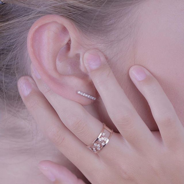 Collect beautiful moments with Florø Ring and Uppsala Earring! www.AfewJewels.com  #afewjewels #jewelry #jewel #earring #ring #fashion #gold #diamond #mode #style #saturday #night  #beauty #pretty #accessprize #photooftheday #passion #design #florø #uppsala #model #strong #woman #moment #inspiration #confident  #dream