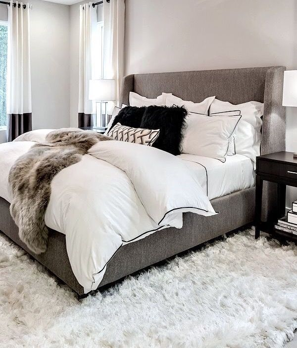Furniture – Bedrooms : White and gray cozy bedroom