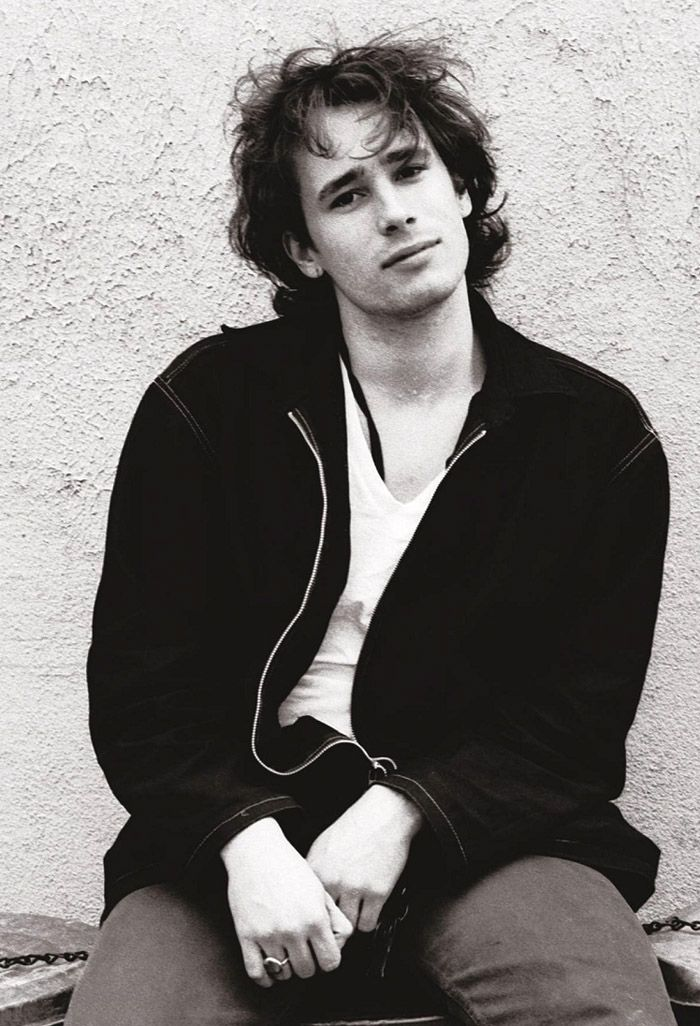 Jeff Buckley photographed by David Gahr, NYC, May 1994.