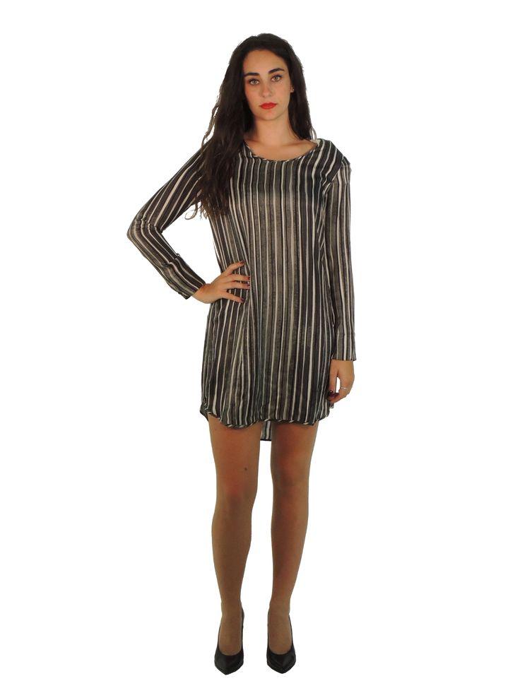 #abiti e #accessori alla moda per ogni occasione ti aspettano! Scoprili su www.parmax.com