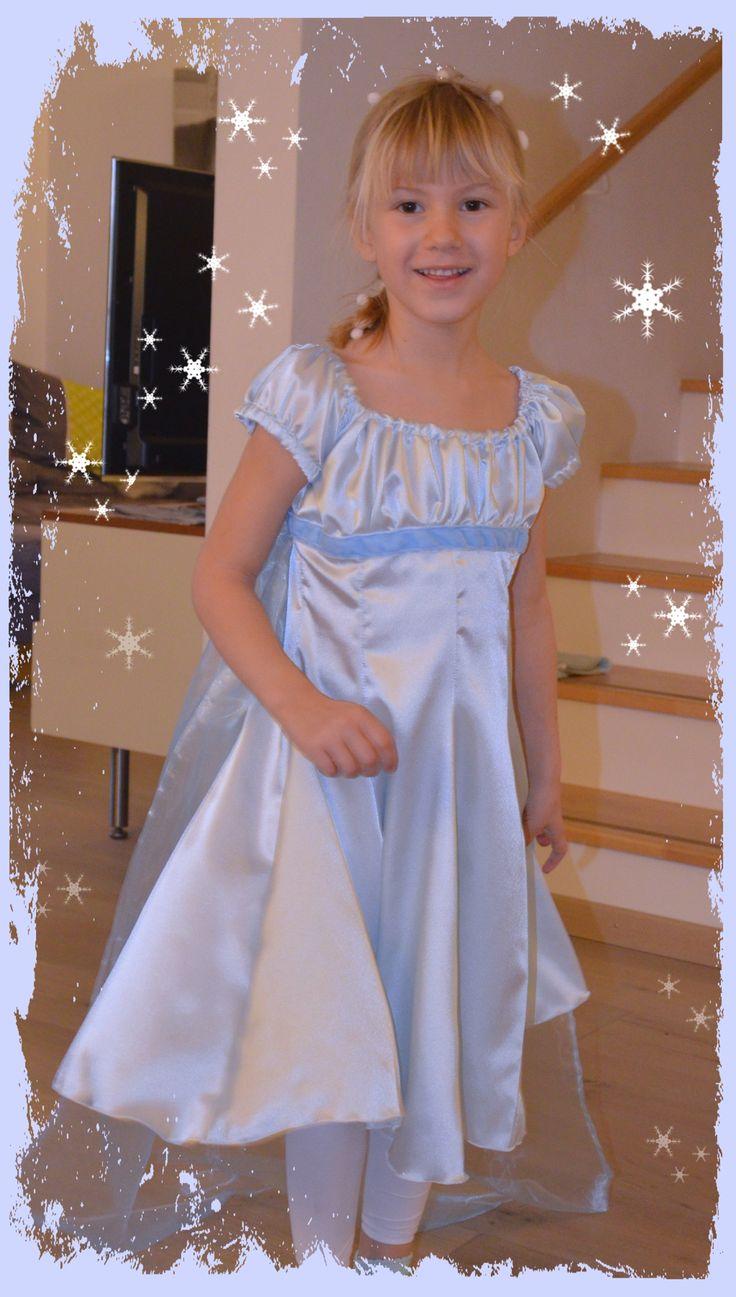 frozen - Eiskönigin Kleid  nach Schnitt Elodie von Farbenmix