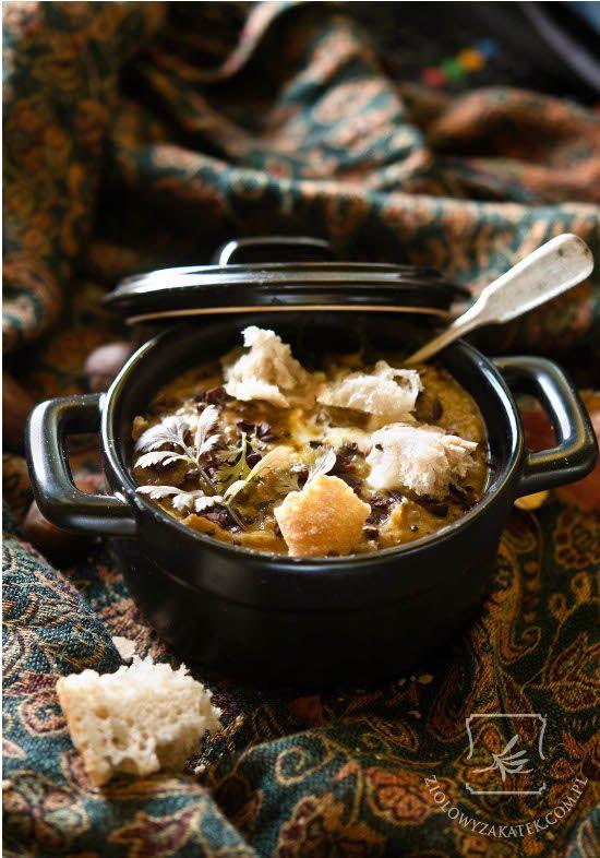 Zupa z dynią i pieczonymi kasztanami