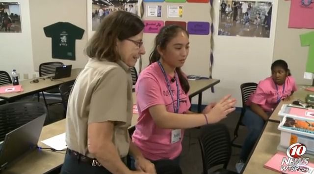 FLATE's robotics camp empowers young female minds #Robotics #Girls in #STEM