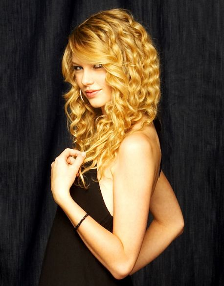 Taylor Swift Red Photoshoot | Taylor Swift - Photoshoot #045: Red Book (2008) - Anichu90 Photo ...
